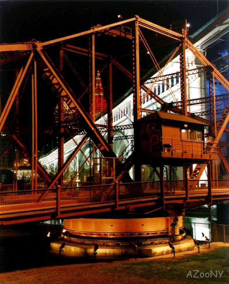Cleveland-Swing-Bridge-AZooNY.jpg